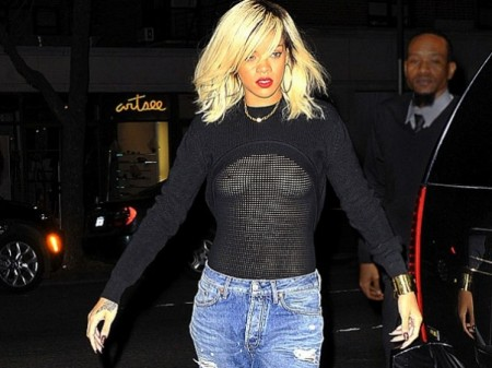 Rihanna Sin Ropa Interior Of Rihanna Sali A La Calle Sin Ropa Interior
